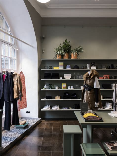 H&M tests new 'hyper-local' concept in Berlin   RetailDetail