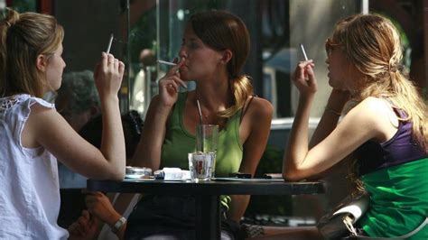 In 'unheard of' trend, smoking makes comeback in Israel