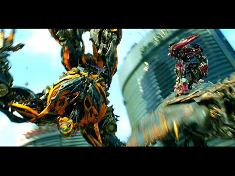 Transformers Age of Extinction - Bumblebee vs Stinger