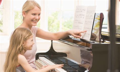 How to Become a Piano Teacher [Updated Guide for 2020]