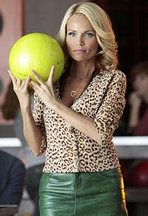 Exclusive: Kristin Chenoweth Is Full of Glee | TV Guide