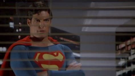 Superman 2: General, Would You Care To Step Outside? - YouTube